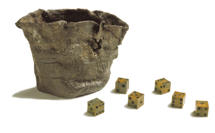 Small, misshapen pewter pot  with 6 tiny bone dice.