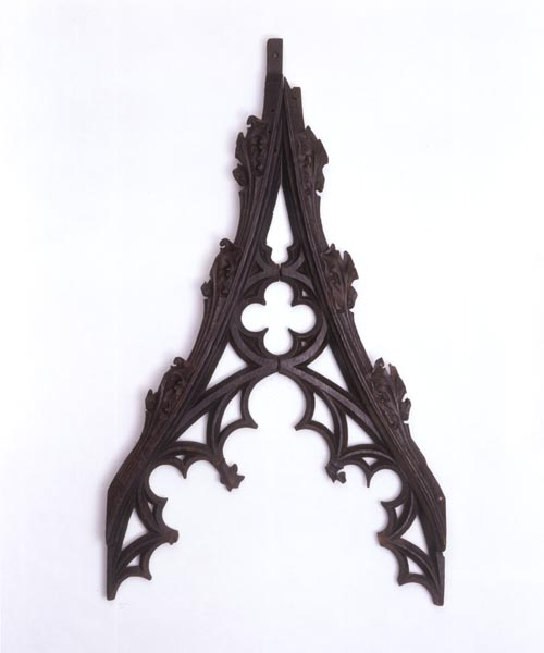 Carved, pointed wooden arch. © V&A Images/Victoria and Albert Museum.